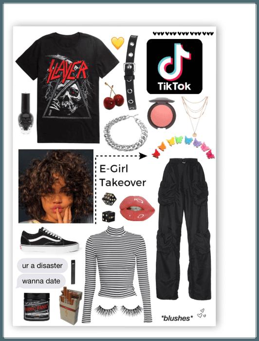 e,girl Outfit