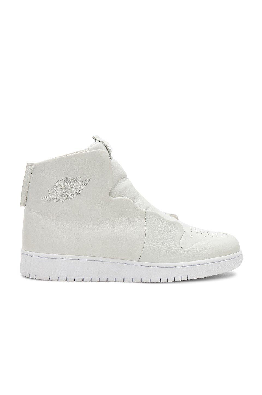Air Jordan Sage Sneaker
