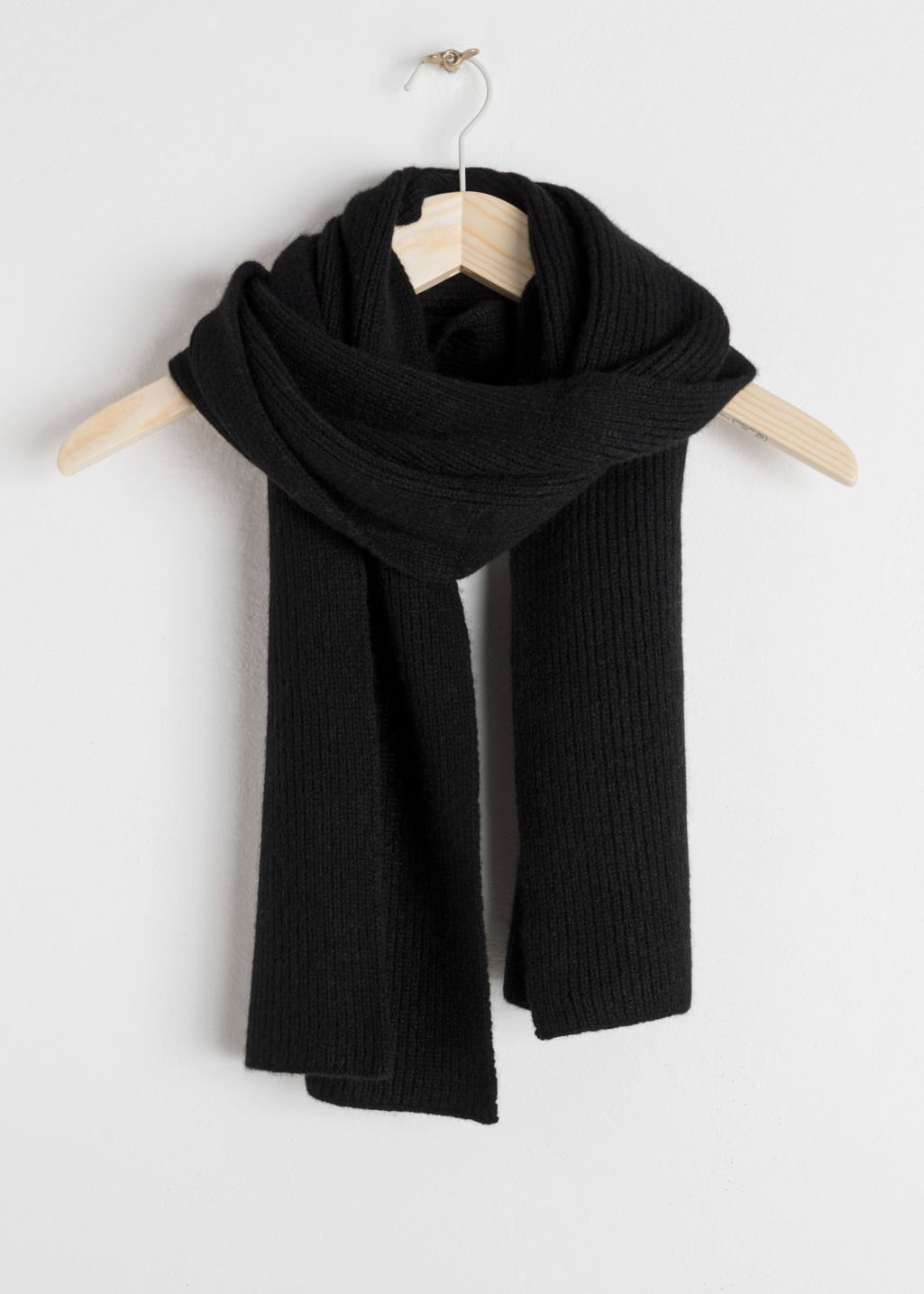 Ribbed Cashmere Scarf - Black - Scarves - & Other Stories