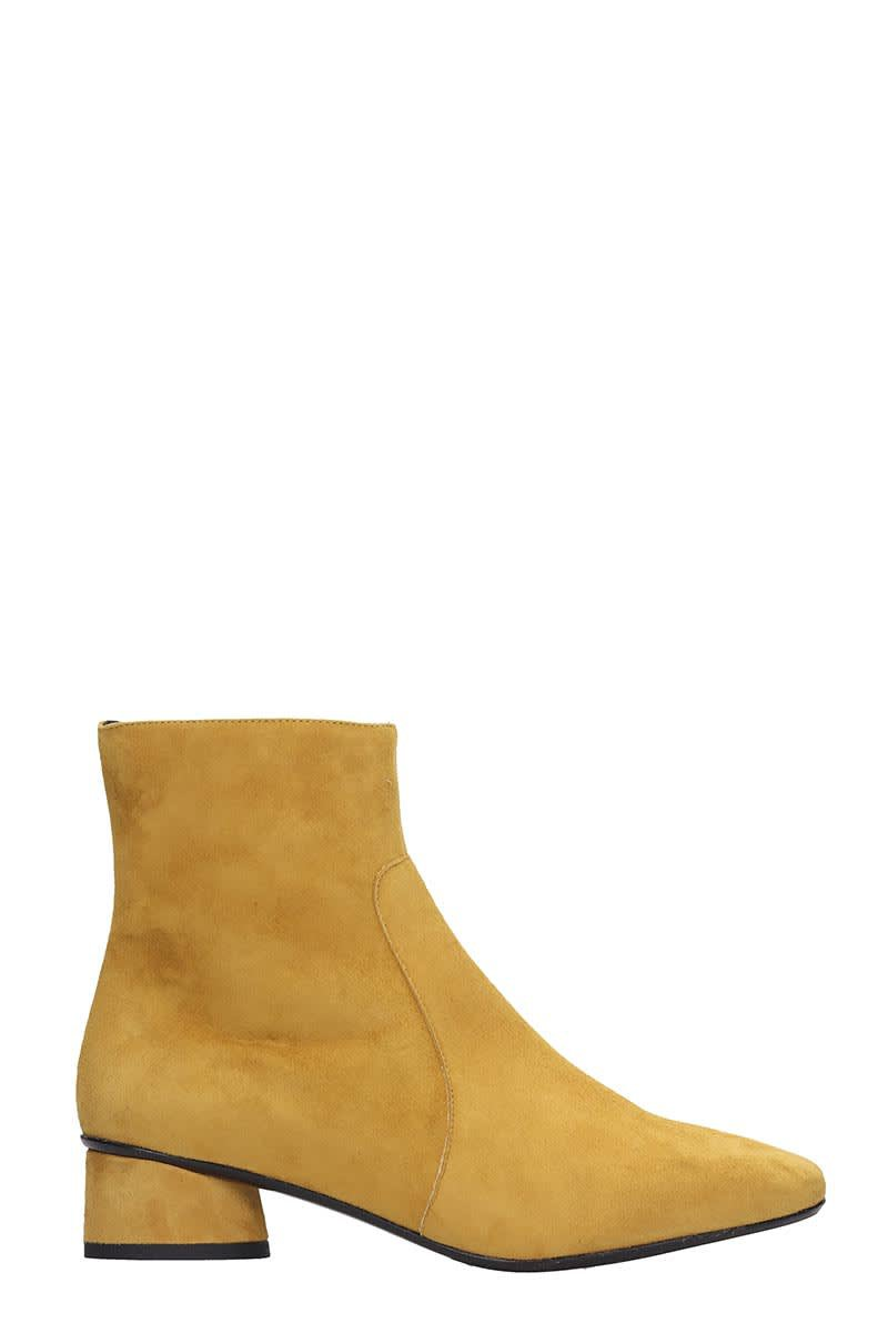 Fabio Rusconi Ankle Boots In Yellow Suede
