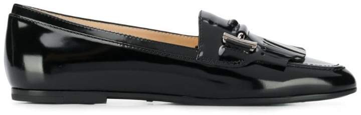 polished T loafers