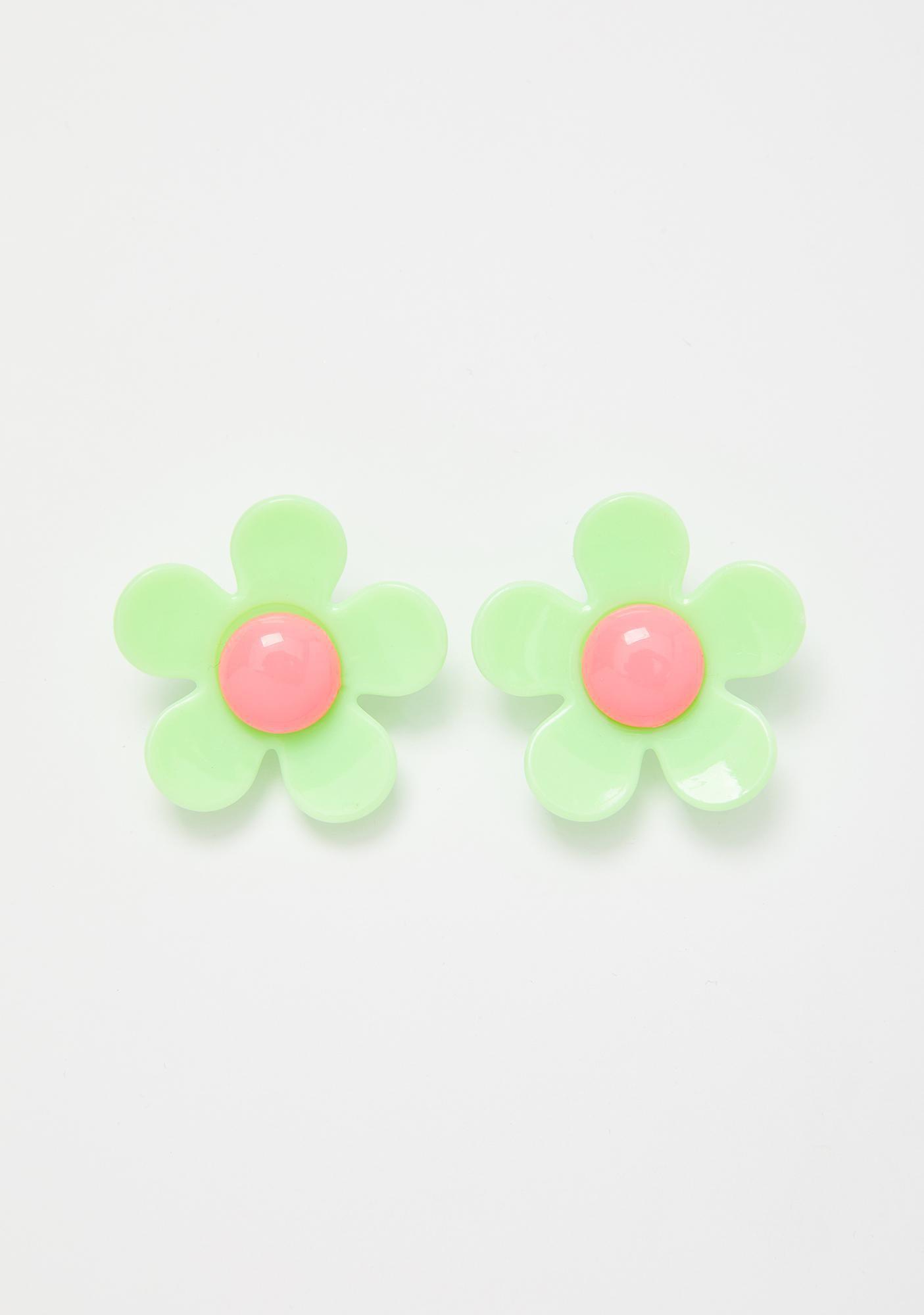 Daisy Earrings Green | Dolls Kill