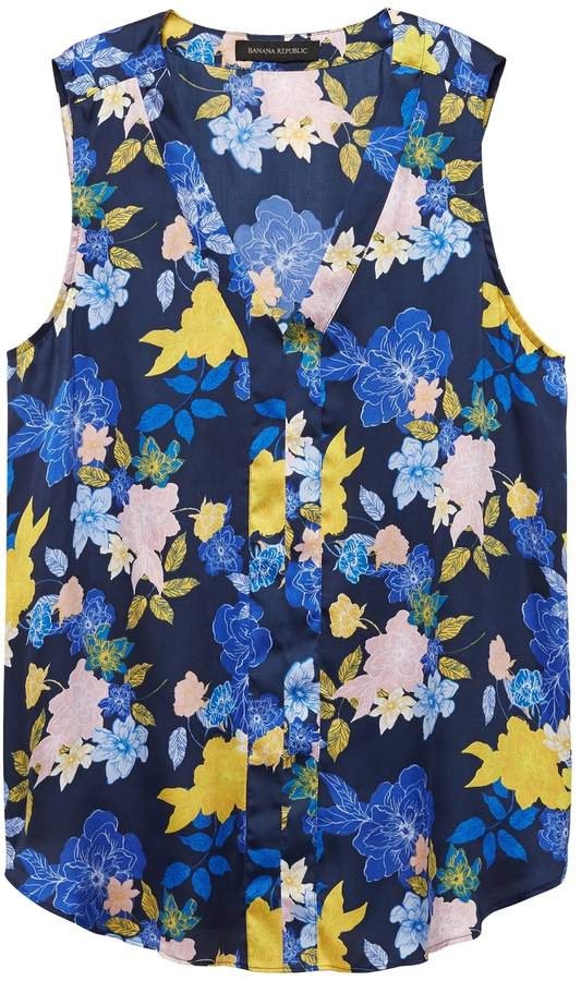Floral Sleeveless V-Neck Top