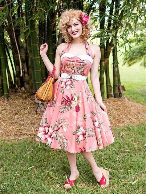 Hawaiian Style Dresses