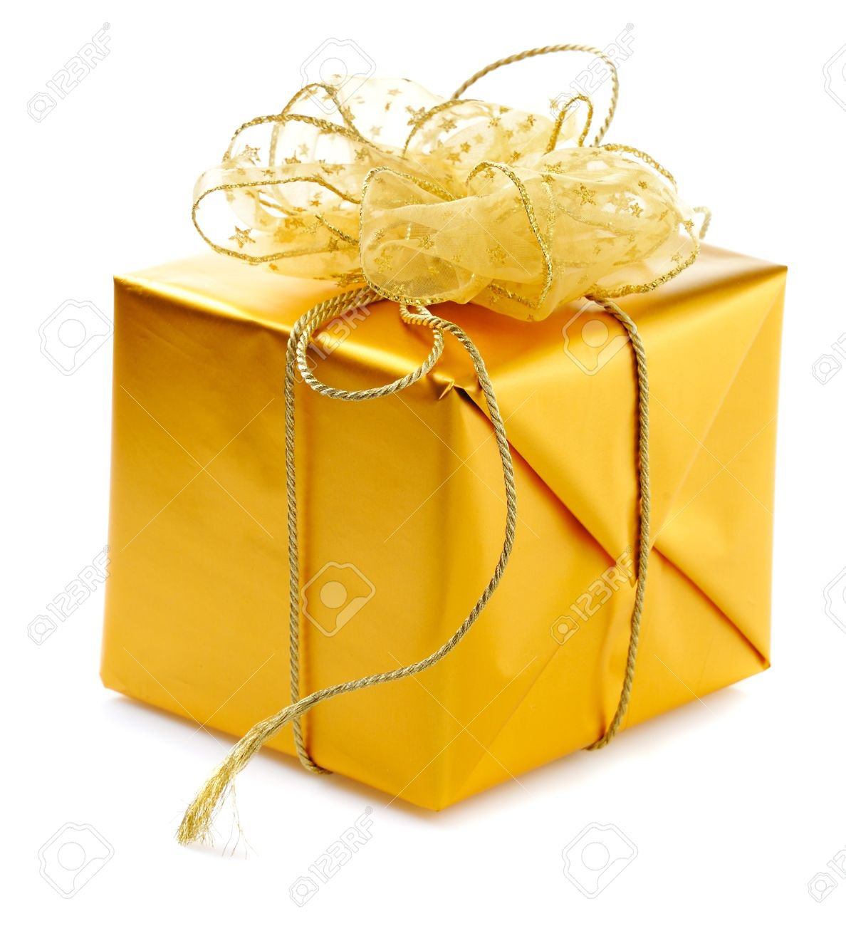 8224210-gold-gift-box-with-golden-ribbons-and-bow-isolated-on-white-background.jpg (1188×1300)
