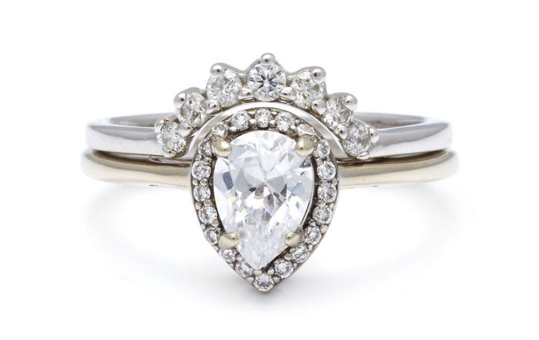 Felicité Engagement Ring