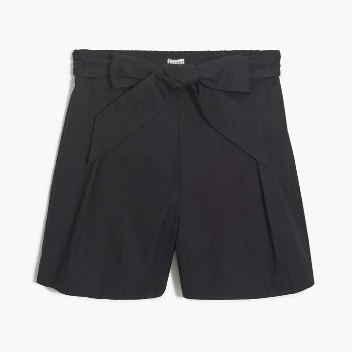 Tie-waist short in organic cotton