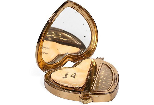 heckyeahvintagecompacts: Beautiful vintage...   sehnsucht