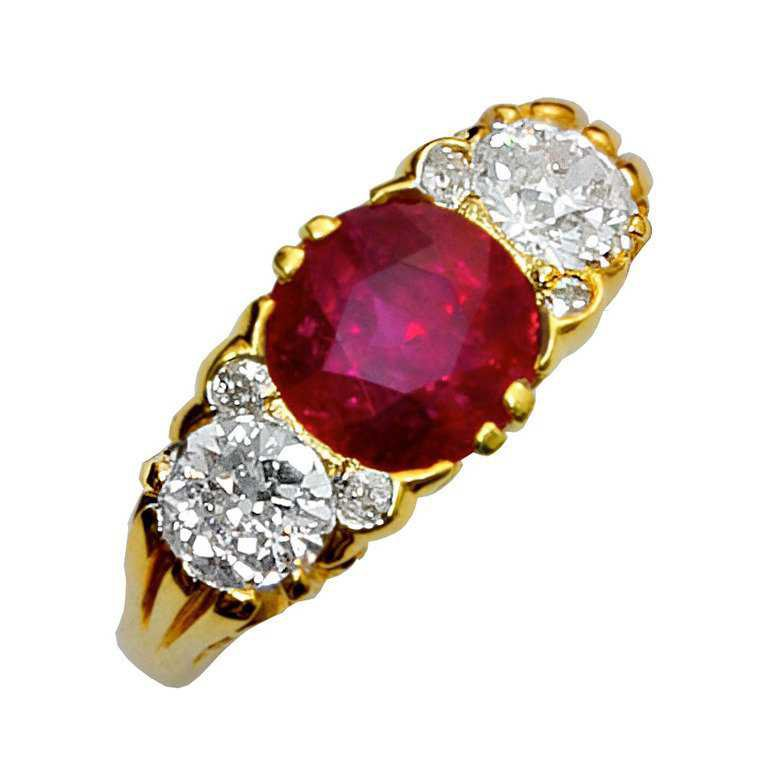 Three Stone Burma No Heat Ruby And Old European Diamond Filigree Ring For Sale at 1stdibs