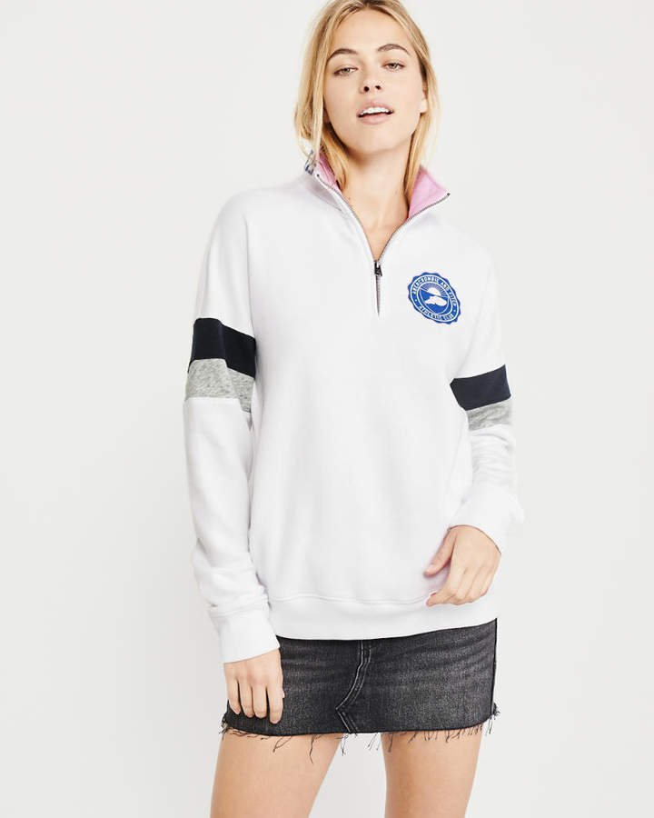 A&F Women's Logo Half-Zip Sweatshirt in White - Size S