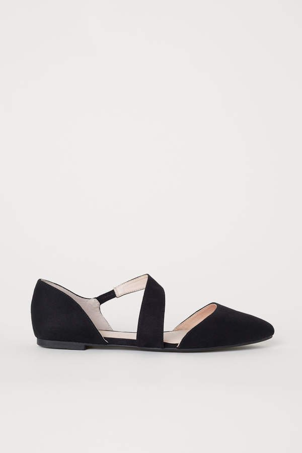 Pointed Ballet Flats - Black
