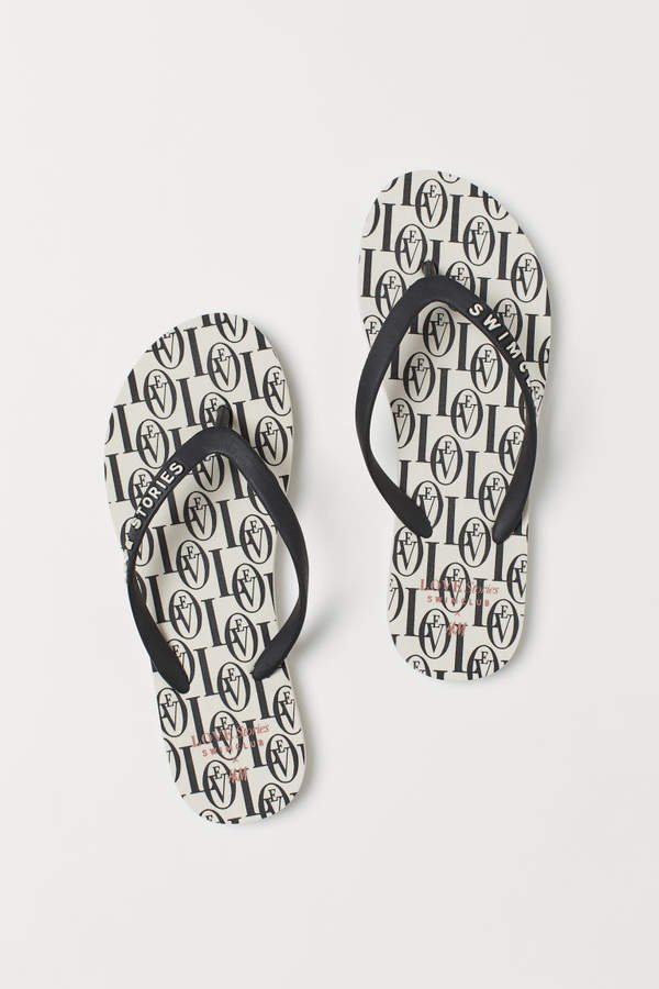 Patterned Flip-flops - Beige