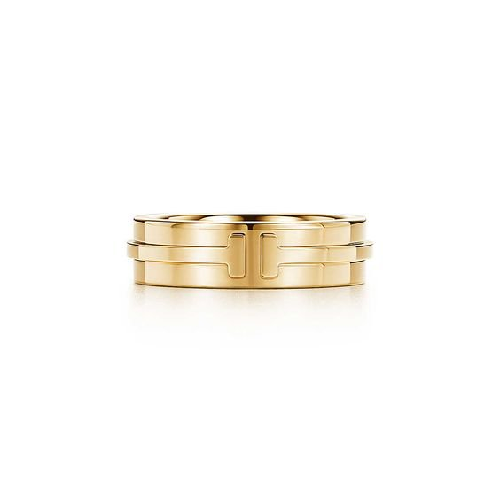 Tiffany T Two ring in 18k gold.   Tiffany & Co.