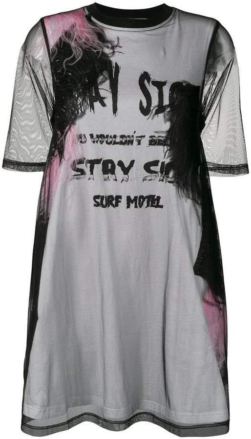 oversized layered T-shirt