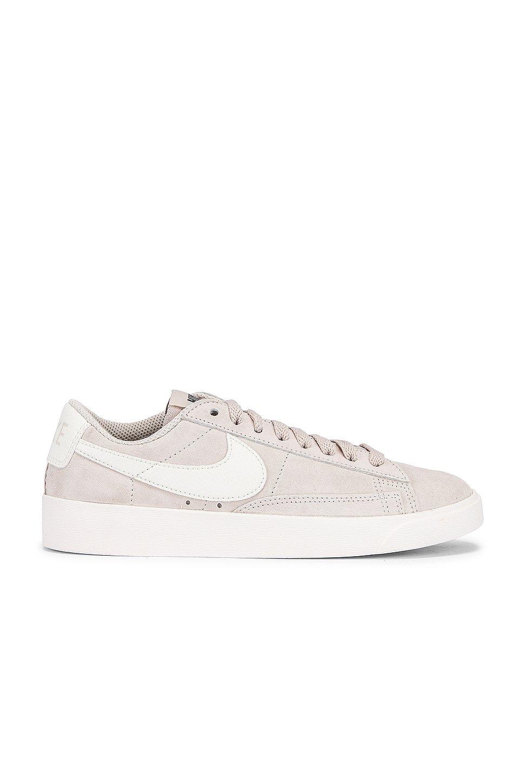 Blazer Low Suede Sneaker