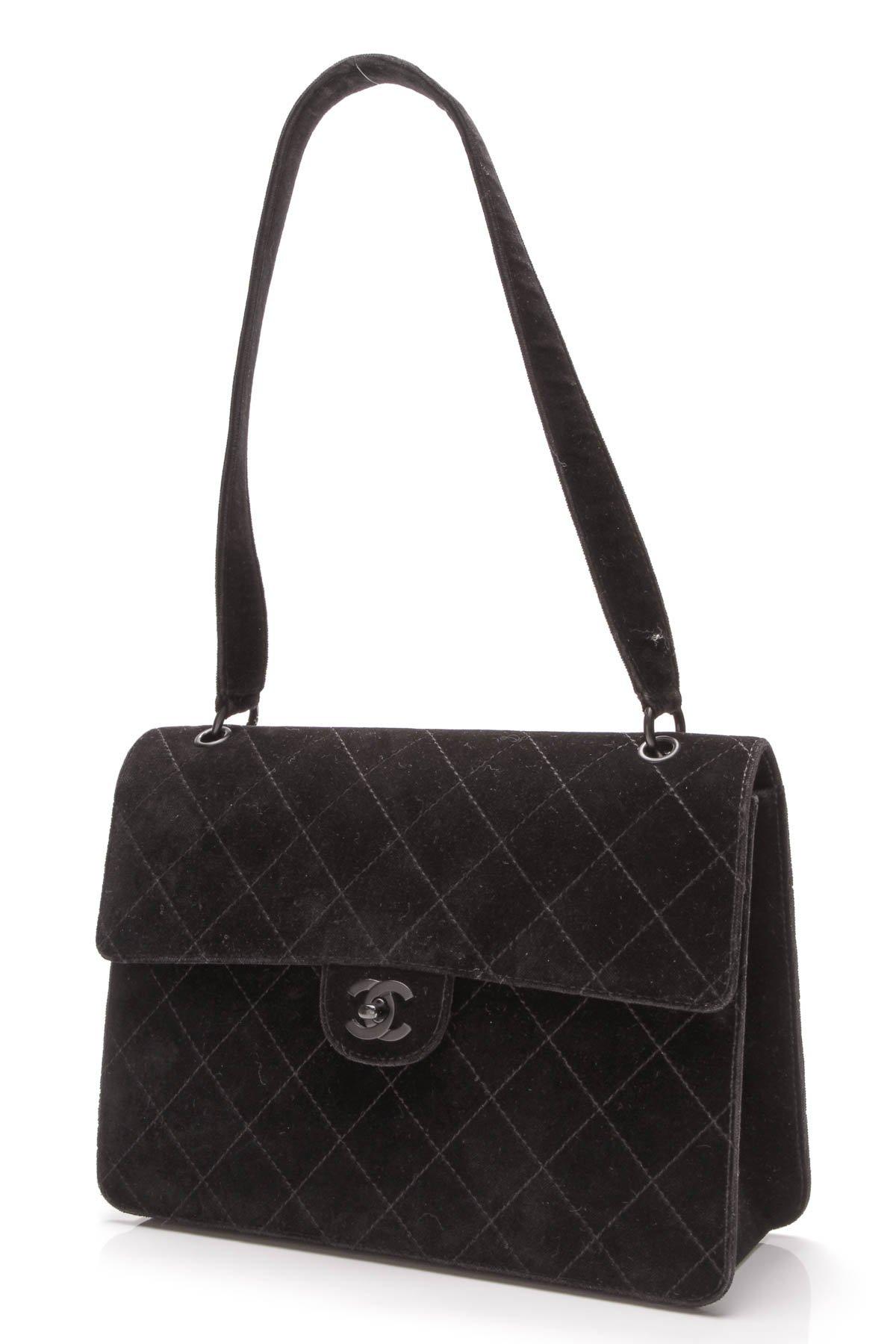 Chanel Vintage Flap Shoulder Bag - Black Velvet