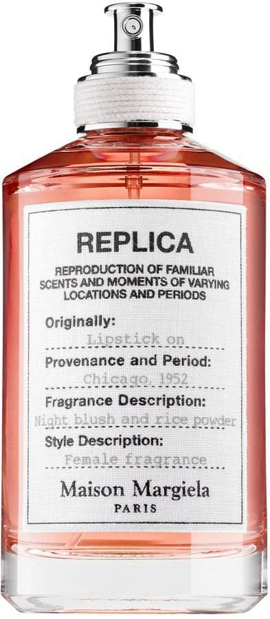 REPLICA Lipstick On