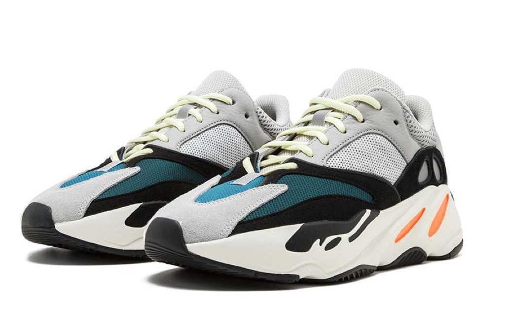 Adidas x Yeezy Boost 700 OG (27.777₽)