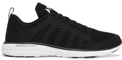 Techloom Pro Mesh Sneakers - Black