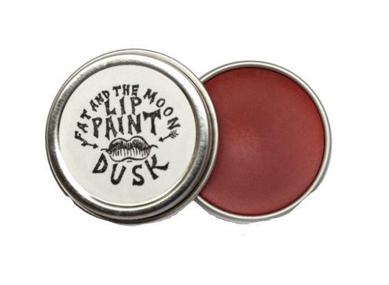 Lip paint pot