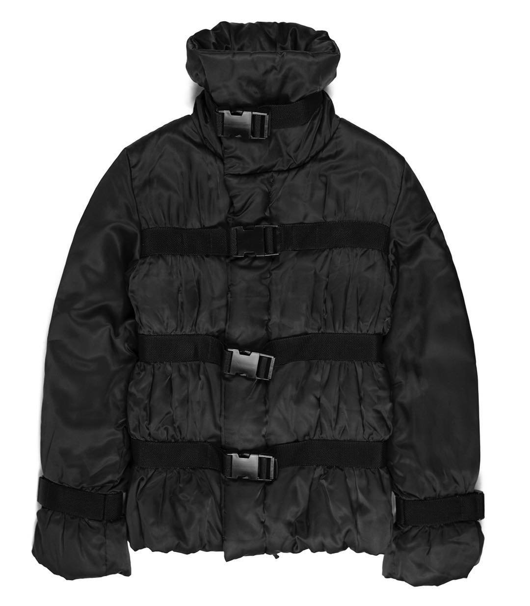 Middleman Store sur Instagram: Releasing Friday: Jean Paul Gaultier AW2003 Goose Down Bondage Puffer. This jacket hails from JPG by Jean Paul Gaultier, a more youthful…