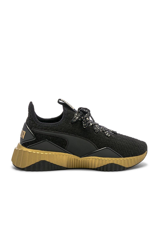 Defy Sparkle Sneaker