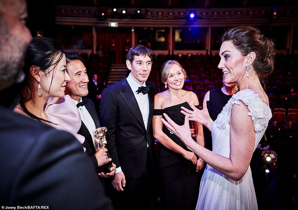 Kate Middleton stuns on BAFTAs red carpet in white gown | Daily Mail Online