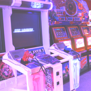 Nostalgic Arcade uploaded by MagoVermelho on We Heart It
