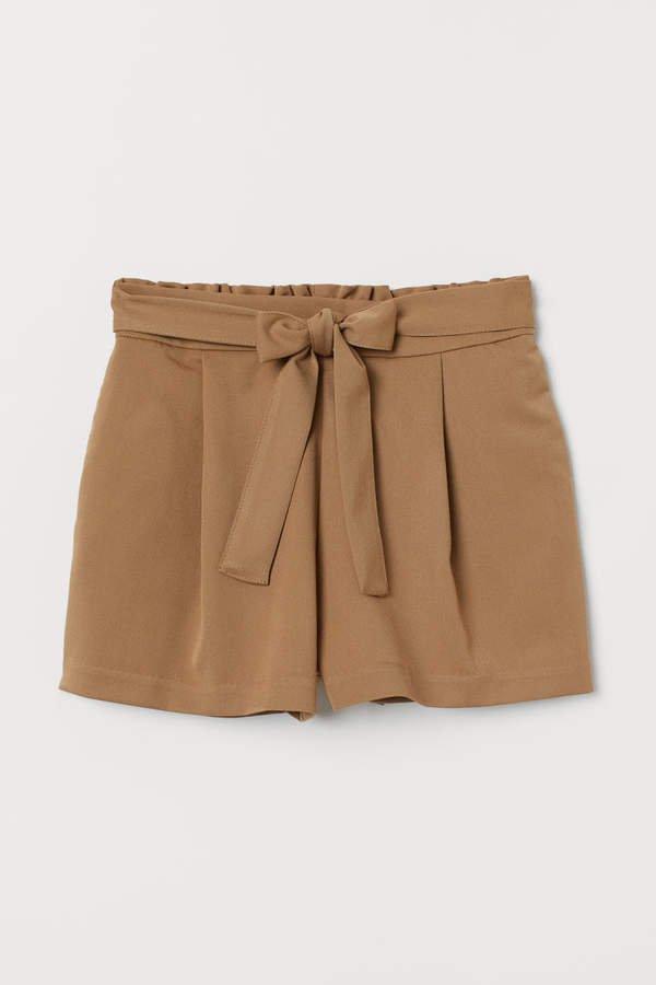 Shorts with Tie Belt - Beige
