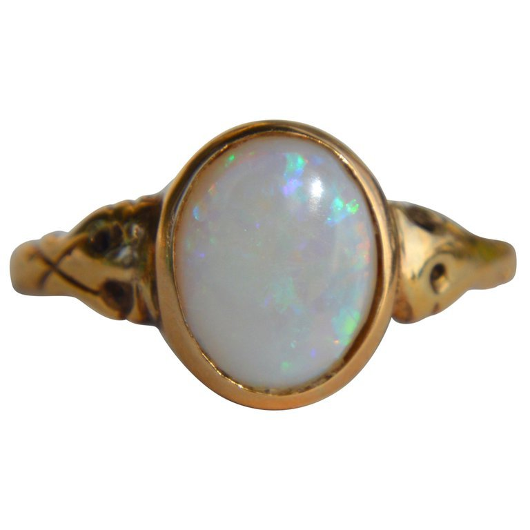Antique Victorian 18 Karat Gold 1.86 Carat Opal Signet Ring For Sale at 1stdibs