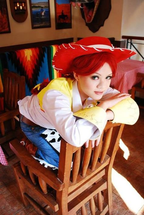 Jessie cosplay from Toy Story 3. Now I want to cosplay Jessie! pinning all these cosplay pics was a bad idea... | Dream Cosplays | Cosplay, Jessie toy story co…