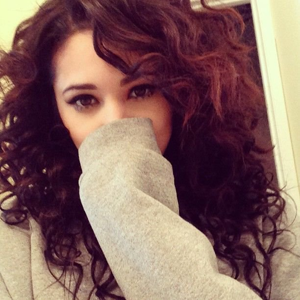 Damn Jasmine V is soo pretty either way straight or Curly! #Jealous # Jealously! | Jasmine V ~ pics | Hair, Curly hair styles, Jasmine villegas