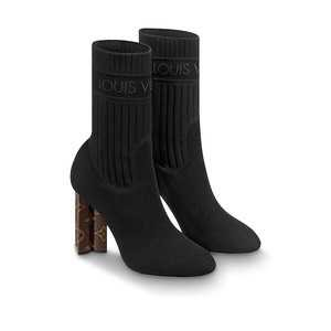 LOUIS VUITTON (1.090$)  SILHOUETTE ANKLE BOOT