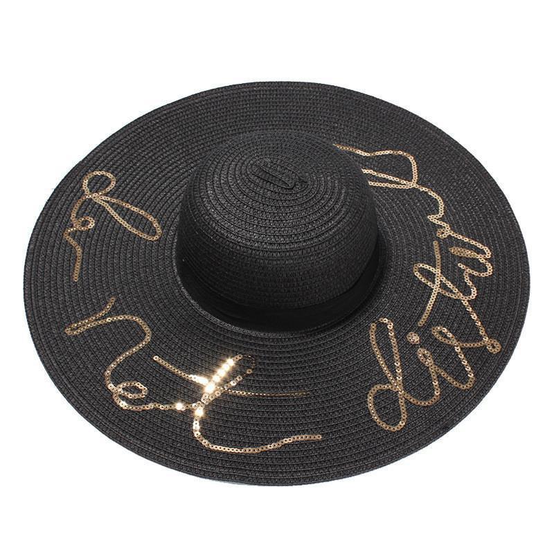 beach hat |