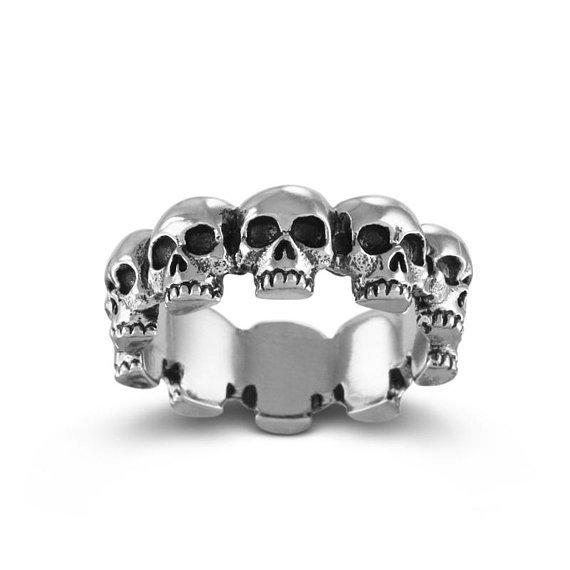 Lost Apostle Multi Skull Ring