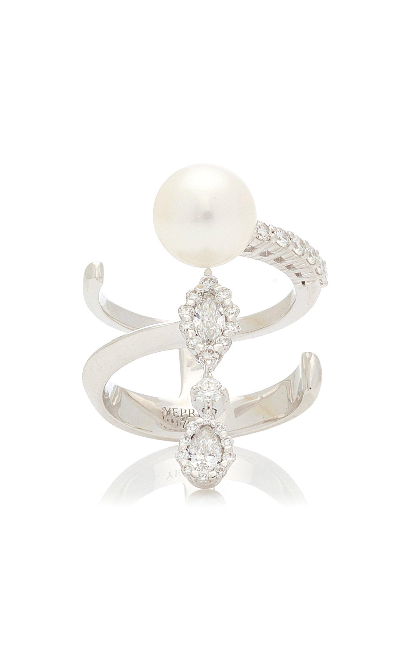 Yeprem 18K White Gold Electrified Ring Size: 7.75
