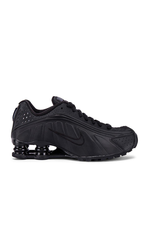 Shox R4 Sneaker