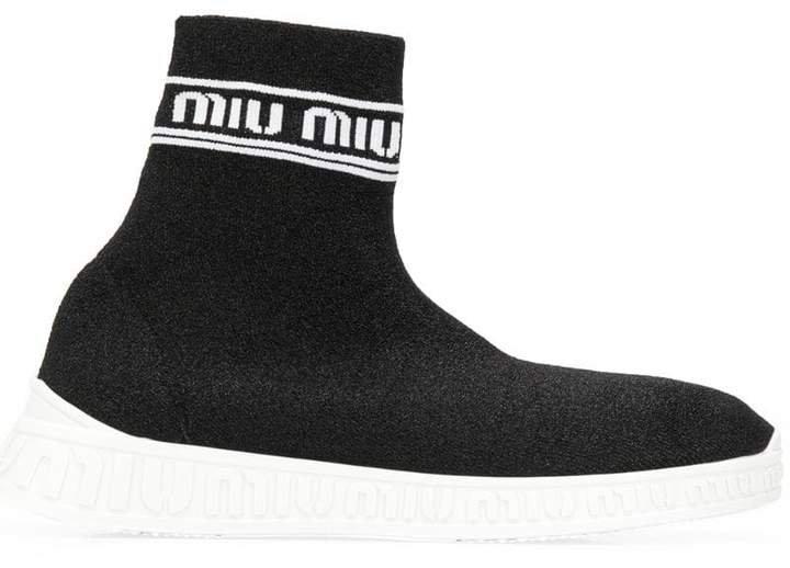 Run hi-top sneakers