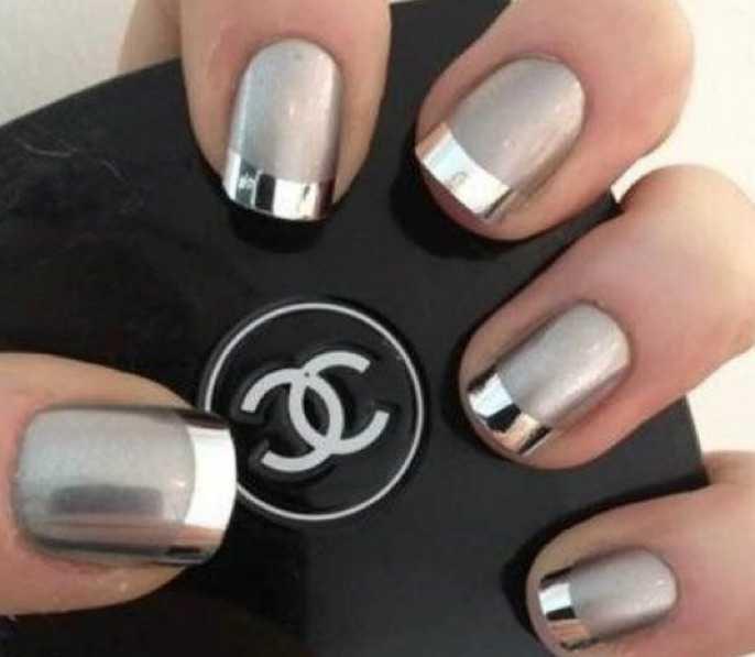 Metallic Design Nail Polish