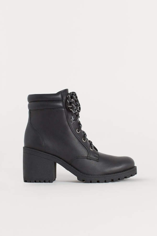 Chunky-sole Boots - Black