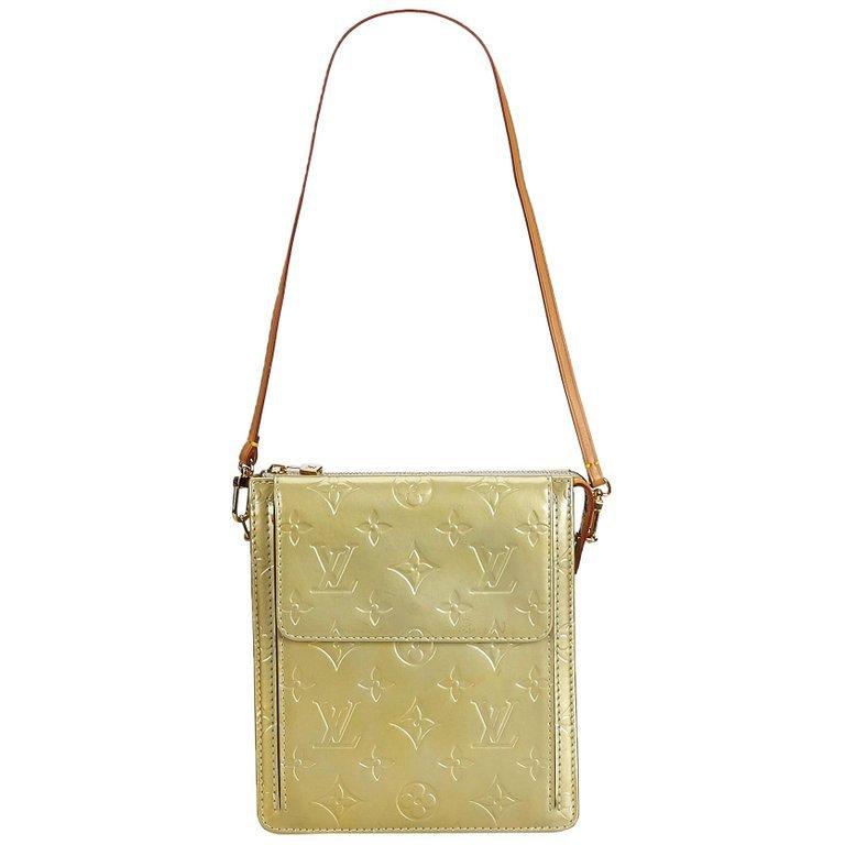 Louis Vuitton Silver Vernis Pochette Mott For Sale at 1stdibs