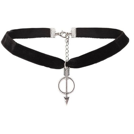 Arrow Ring Velvet Choker