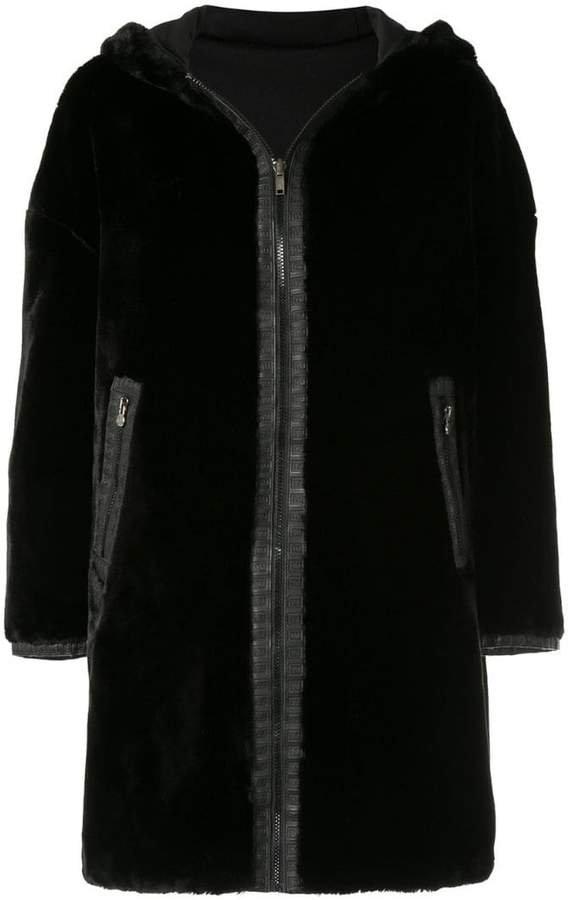 Pre-Owned Reversible Long Sleeve Fur Coat