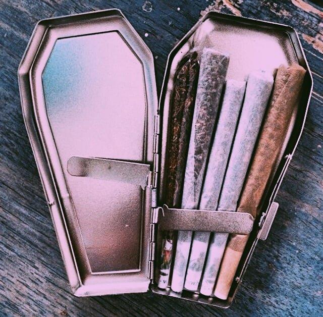 Se la vita ti inganna, fumati una canna on We Heart It