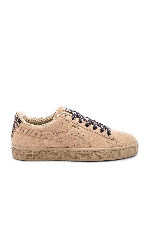 Suede Wild CTR Sneaker