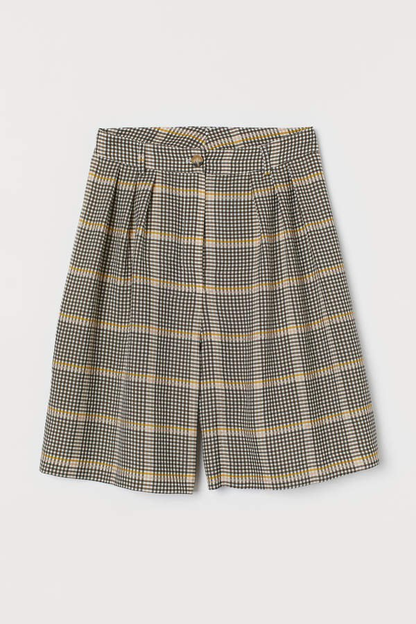 Wide-cut Shorts - Beige