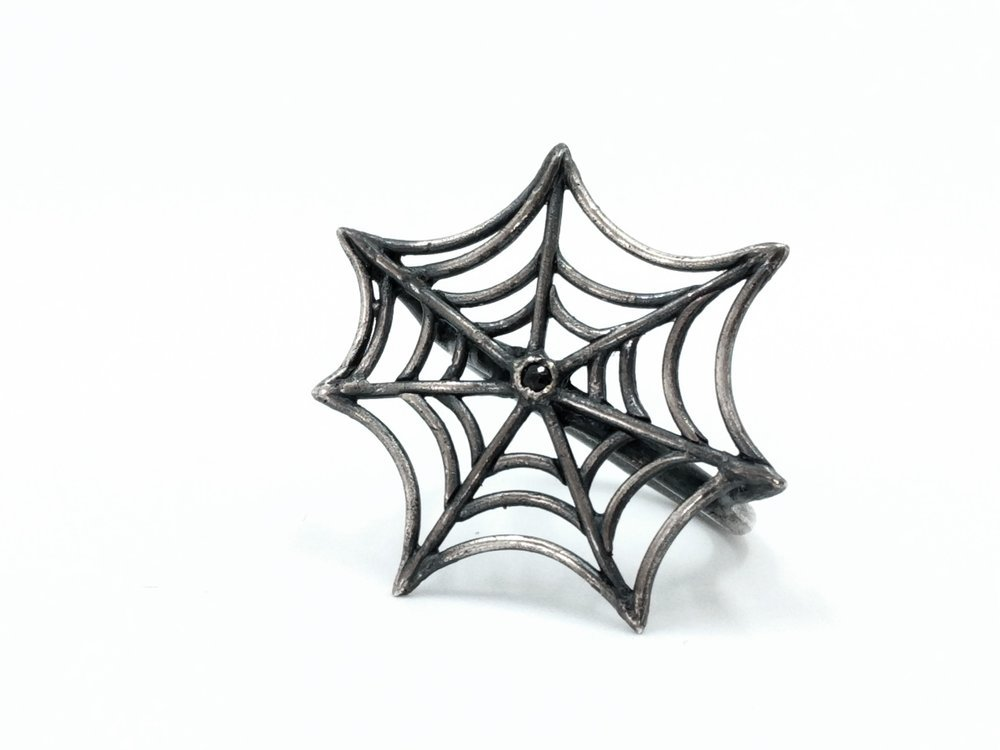 Miss Black Dust spiderweb ring