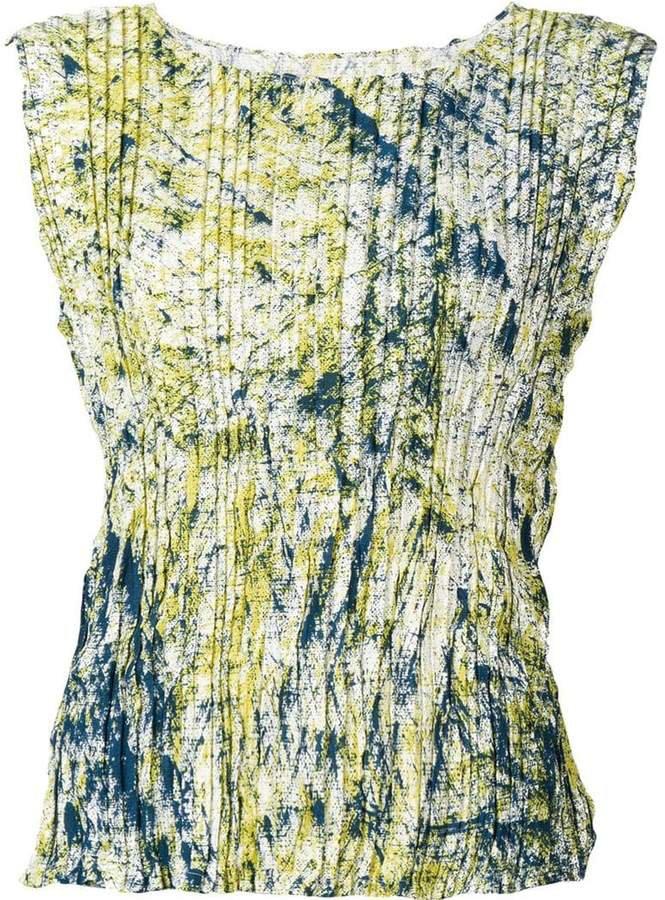 sleeveless plisse top