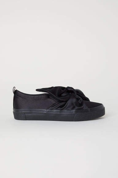 Sneakers with Bow - Black