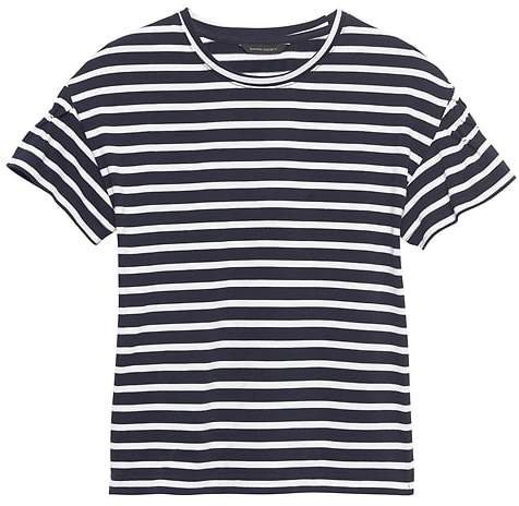 JAPAN EXCLUSIVE Smocked-Sleeve T-Shirt